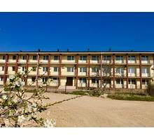 Гостиница, отель=1413 кв.м., 16 сот,  59 номеров,  Межводное, у Набережной,  25 млн. - Продам в Черноморском