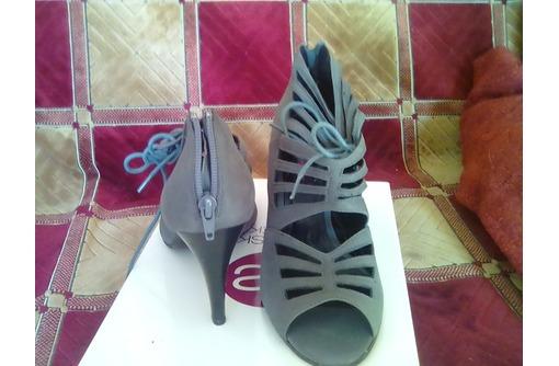 Продаются босоножки в отличном состоянии - Женская обувь в Севастополе
