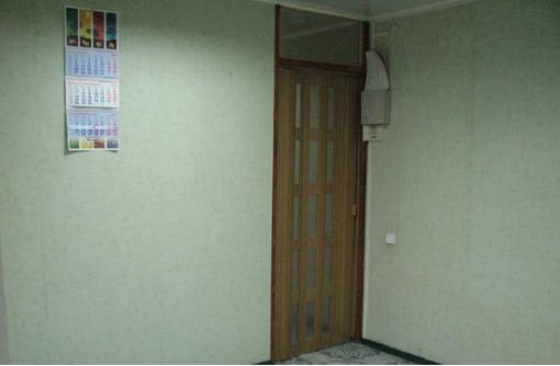 Первая линия ул Льва Толстого, Торгово-Офисное помещение (отдельный вход), площадью 30 кв.м., фото — «Реклама Севастополя»