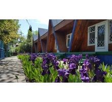 Продам гостевые домики в г. Алушта, рядом с морем 150 м. - Продам в Крыму