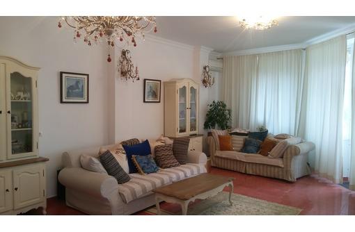 Продается 4-комнатная 2-уровневая квартира класса «люкс» на Античном пр-те, 18, фото — «Реклама Севастополя»