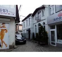 Продается офисное двухэтажное здание в самом центре г Симферополя, на ул. Пушкина - Дома в Крыму