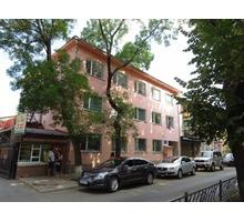 Готовый бизнес!Продается 3-х этажное здание в центре Симферополя на 1-ой линии бульвара Франко - Дома в Крыму