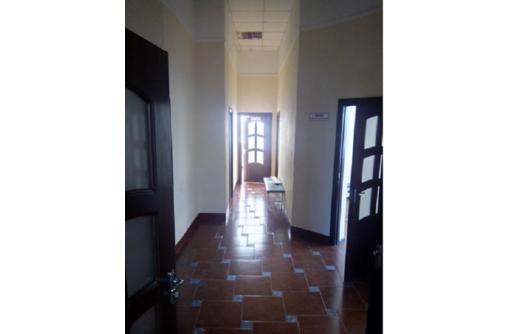 Сдается в аренду Отличное офисное помещение по адресу ул Пожарова (семь кабинетов), площадью 110 м2 - Сдам в Севастополе