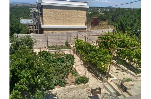 Срочно продаётся ВЕЛИКОЛЕПНЫЙ ДОМ по СМЕШНОЙ ЦЕНЕ - Дома в Севастополе