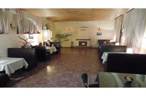 Требуется повар на постоянную работу (Камышовая бухта), фото — «Реклама Севастополя»