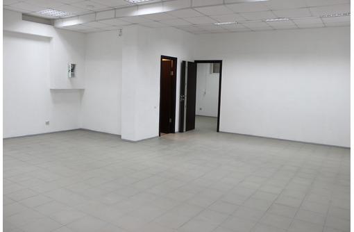 Собственник сдает просторное, светлое помещение 83 кв/м, ул. Шевченко, 8Г, фото — «Реклама Севастополя»