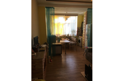 Продам 1-комнатную квартиру улучшенной планировки па проспекте Победы - Квартиры в Севастополе