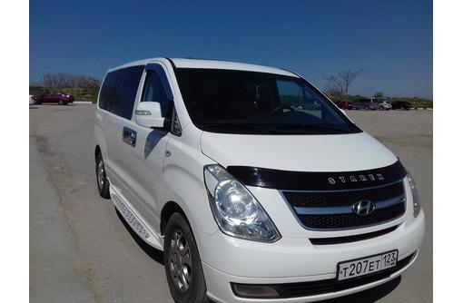 Аренда минивена с водителем 8 мест, фото — «Реклама Севастополя»
