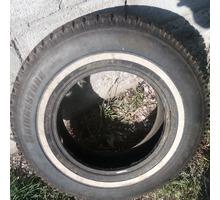 Продаются 4 шины Bridgestone шипованные+запаска - Автошины в Севастополе
