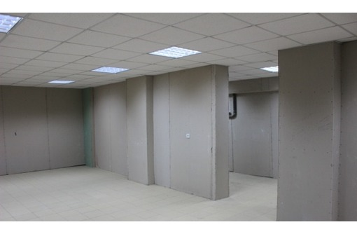 Проходное Торговое помещение на Ген Острякова, 80 кв.м., фото — «Реклама Севастополя»
