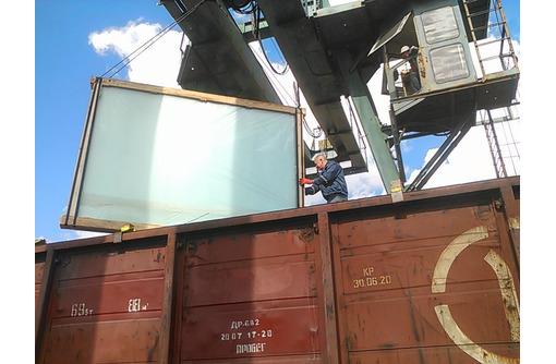Приём и отправка  полувагонов, крытых вагонов, платформ, контейнеров - Грузовые перевозки в Севастополе