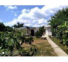 Продам три дома у моря с фруктовым садом. - Дома в Крыму