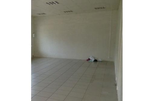 Первая линия Гагаринского района, ул Колобова - Аренда Торгового помещения, площадью 40,5 кв.м., фото — «Реклама Севастополя»