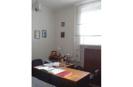 Отличный офис Сдается в Аренду (3 комнаты) в Центре города - За хорошую Цену, площадью 40 кв.м., фото — «Реклама Севастополя»