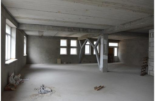Офисное помещение 270 м2 на ул. Вакуленчука, 33 - Продам в Севастополе