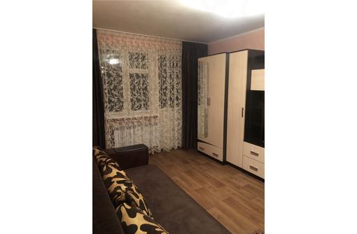 Продам 2-комнатную квартиру на ул. Меньшикова 3 - Квартиры в Севастополе