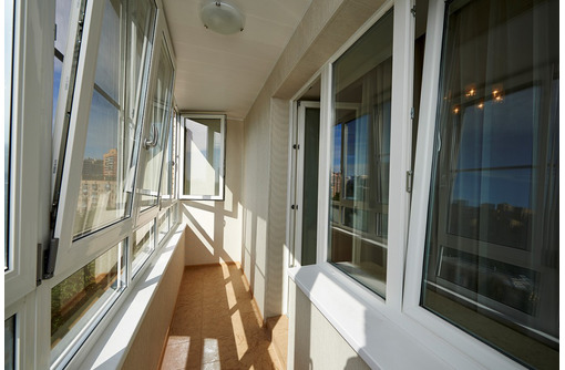 Остекление балконов и лоджий в квартирах и домах под ключ в большой Феодосии - Балконы и лоджии в Феодосии