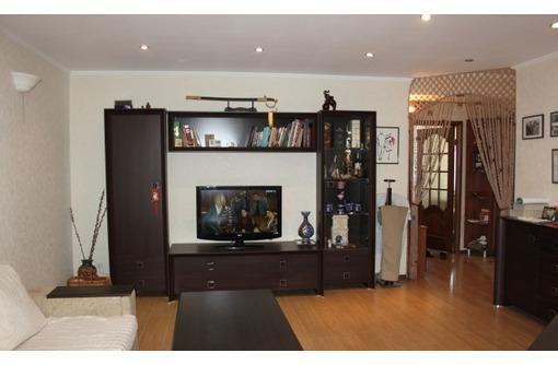 Продам двухкомнатную квартиру на Юмашева 19 - Квартиры в Севастополе