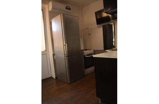 Продам двухкомнатную квартиру на Коломийца 9 - Квартиры в Севастополе