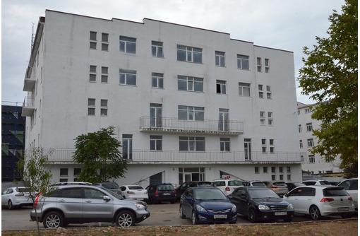 Продается помещение свободного назначения 271 кв. м на ул. Вакуленчука, 33, г. Севастополь, фото — «Реклама Севастополя»