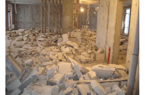Вывоз строительного мусора, хлама, грунта. Демонтажные работы. Грузчики, разнорабочие. - Вывоз мусора в Феодосии