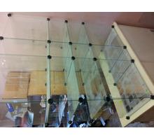 Витрина стеклянная ( кубы ) с зеркалами - Продажа в Севастополе