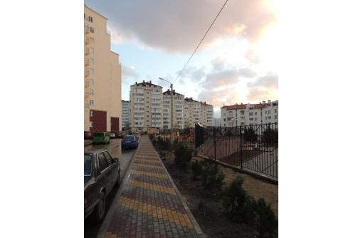 Продам двухкомнатную квартиру (пр-т. Острякова 244/7) - Квартиры в Севастополе