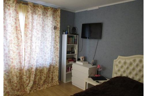 Продам двухкомнатную квартиру на пр-т. Генерала Острякова, 75 - Квартиры в Севастополе