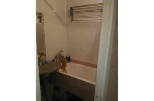 Продам двухкомнатную квартиру на ул. Ерошенко 18 - Квартиры в Севастополе