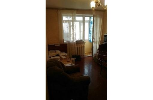 Продам двухкомнатную квартиру на ул. Ерошенко 18, фото — «Реклама Севастополя»