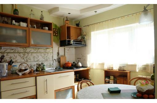 Продам трёхкомнатную квартиру - Меньшикова 82 - Квартиры в Севастополе