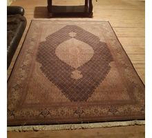Продам великолепный персидский ковёр 2на3м.Шёлк.Сделано в Иране. - Предметы интерьера в Черноморском