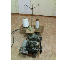 Продаю  оверлок с ножной педалью - Продажа в Бахчисарае