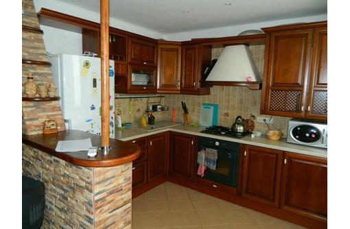 Сдам  посуточно 2-комнатную квартиру ,Гагаринский р-н,ул.Фадеева ,у моря.Цена 2000 руб - Аренда квартир в Севастополе