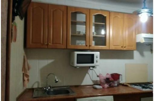 Сдается 1-комнатная, улица Лизы Чайкиной, 18000 рублей, фото — «Реклама Севастополя»