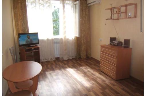 Сдается 1-комнатная, улица Бориса Михайлова, 18000 рублей, фото — «Реклама Севастополя»