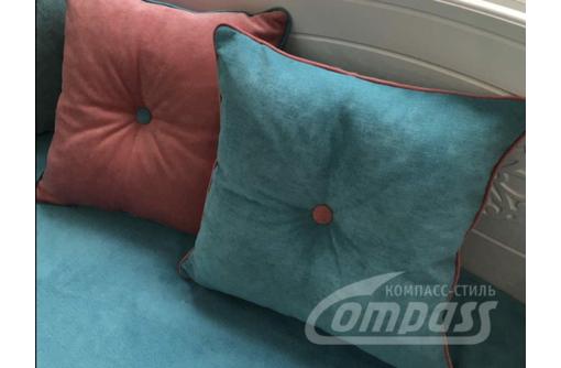 Подушка с контрастным кантом и пуговицей - Предметы интерьера в Севастополе