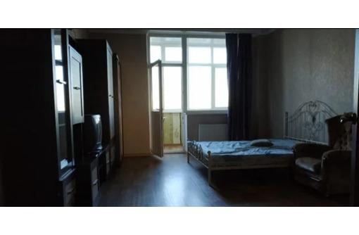 Сдается крупногабаритная 1-комнатная, Проспект Победы, 22000 рублей - Аренда квартир в Севастополе