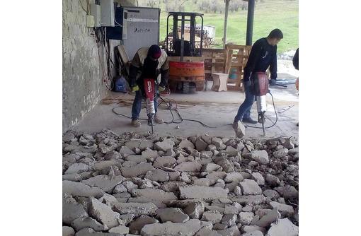Вывоз строительного мусора, грунта, хлама. Демонтаж. <24/7>, фото — «Реклама Севастополя»