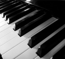 Настройка пианино, роялей любой сложности в г. Ялта. Профессионально. - Услуги в Крыму