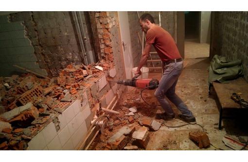 Квартирный демонтаж,cбор и фасовка мусора в мешки.Cнос зданий,ветхих строений.Вывоз мусора - Строительные работы в Севастополе