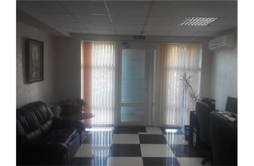 Меблированный с Оргтехникой Офис на ул Юмашева, площадью 50 кв.м., фото — «Реклама Севастополя»