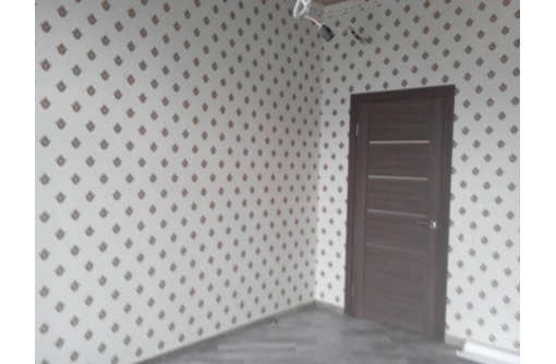 V  Обои !   Демонтаж старых. Подготовка стен под обои. Поклейка любых видов обоев !, фото — «Реклама Севастополя»