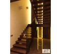 Деревянные лестницы на заказ. Лестница дерево + стекло. Столярные изделия. Бесплатная доставка - Лестницы в Симферополе