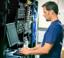 Приглашаем на работу помощника системного администратора - ИТ, компьютеры, интернет, связь в Севастополе