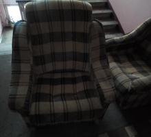 Продам Два кресла  в хорошем  состоянии - Мягкая мебель в Ялте