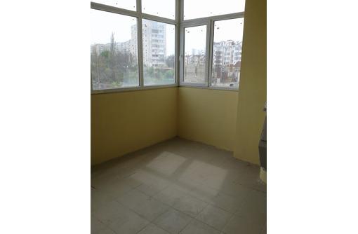 Хорошая трёхкомнатная с шикарным видом  на пр Победы - Квартиры в Севастополе