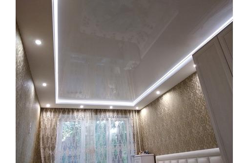 Натяжные потолки контурные световые линии LuxeDesign, фото — «Реклама Бахчисарая»