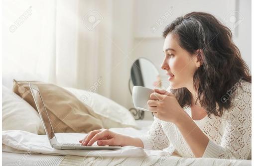 Менеджер-консультант, фото — «Реклама Фороса»